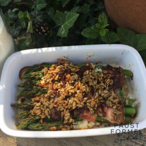 Spargel-Rezept: Grüner Ofenspargel mit Feta